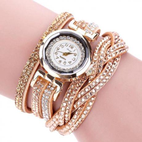 118054431b91 Стильные женские часы с браслетом под золото — Арт-студия